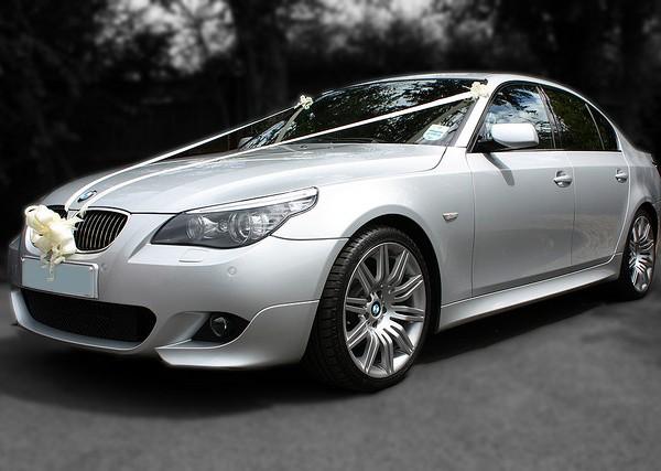 BMW 5 Series mobil pengantin rental mobil yogyakarta