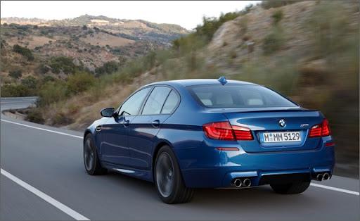 BMW M5 2013 rental mobil jogja