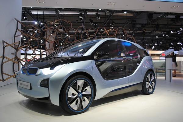 BMW i3 rental mobil yogyakarta murah