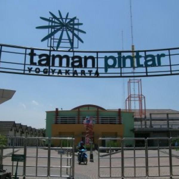 Taman Pintar Satrio Langit Transport Sewa mobil Yogyakarta