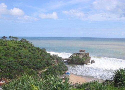 Kukup Beach Yogyakarta sewa mobil murah