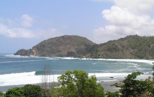 Pantai Wediombo wisata yogyakarta