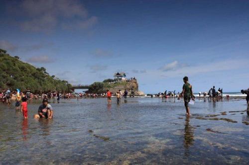 Wisata Pantai Kukup paket wisata yogyakarta