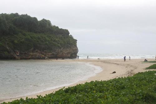 pantai drini paket wisata jogja
