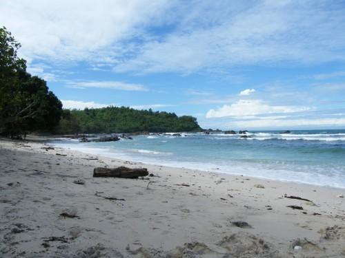wediombo beach rental mobil jogja