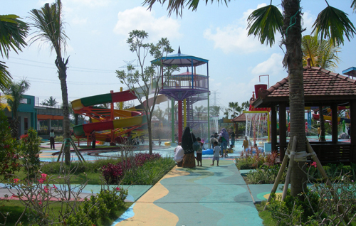 Grand Puri WaterPark rental mobil jogja