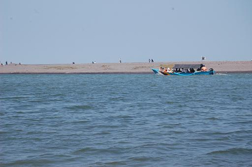 Pantai Bugel rental mobil yogyakarta