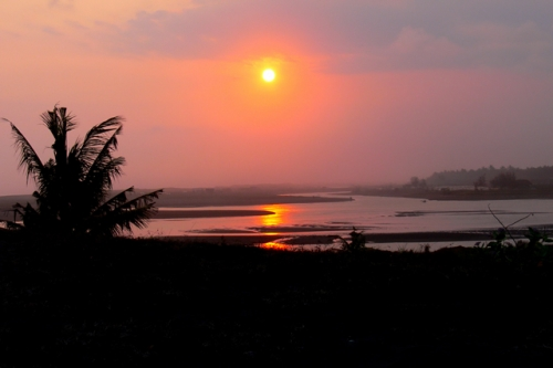 Sunset Pantai Congot sewa mobil jogja