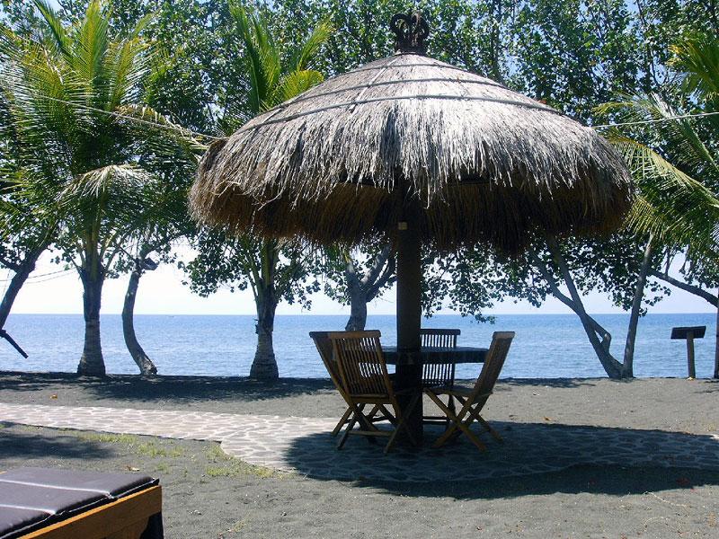 Pantai Lovina Banli