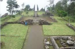Wisata Candi Cetho Jogja
