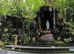 Goa Maria Sriningsih Wisata Rohani