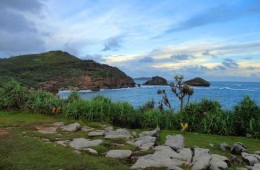 Pantai Songlibeg Gunung Kidul