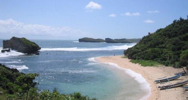 Pantai Sundak Wonosari Yogyakarta
