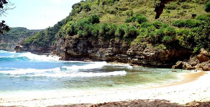Pantai Ngetun Gunung Kidul