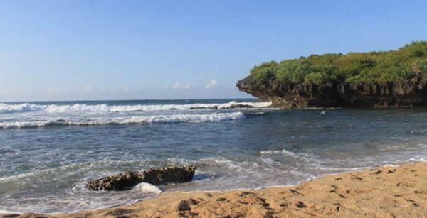 Pantai Sarangan Jogja
