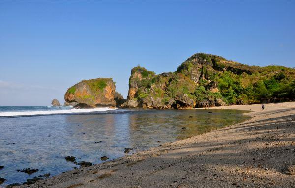 Tempat Pariwisata Pantai Siung