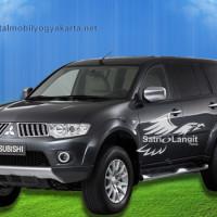 Sewa Pajero Jogja Solo Semarang Magelang: Rental Mobil Mitsubishi 2020 4.67/5 (3)
